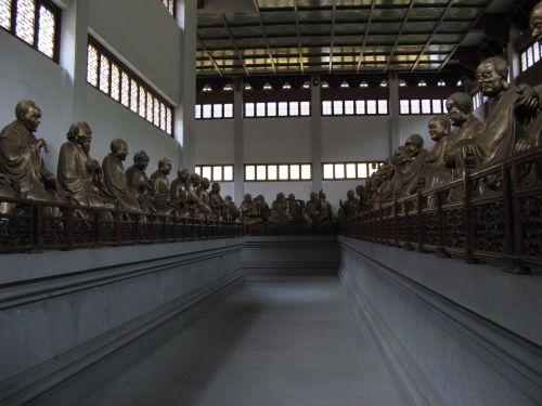 Unzählige Buddha Statuen in Hangzhou 杭州 und der Westsee 西湖, China 中国