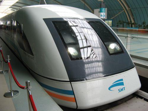 Eingefahrener Maglev Train. Mein erster Tag in Shanghai 上海 - eine Fahrt mit der Magnetschwebebahn Maglev