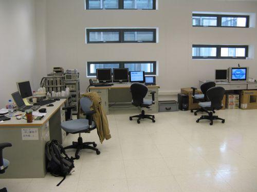 Innenansichten aus dem Labor. Mein erster Arbeitstag im Shanghai Caohejing Hi-Tech Park 漕河泾开发区