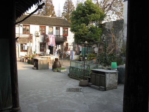 Hinterhof in Zhouzhuang 周庄镇 - eine der bekanntesten Wasserstädte, Shanghai 上海, China 中国