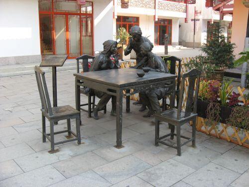 Kunst in Zhouzhuang 周庄镇 - eine der bekanntesten Wasserstädte, Shanghai 上海, China 中国