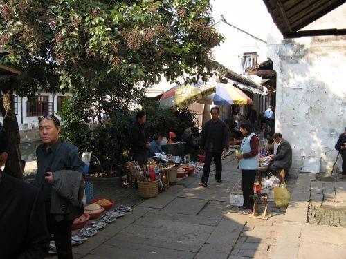 Fischmarkt in Zhouzhuang 周庄镇 - eine der bekanntesten Wasserstädte, Shanghai 上海, China 中国