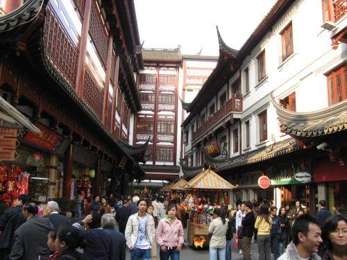 Einkaufsmeile mit historischen Gebäuden in Shanghai 上海 - The Bund 外滩 und die Innestadt, China 中国