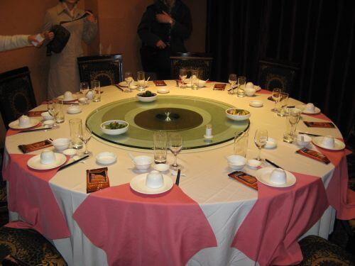 Gedeckter Tisch im Seafood Restaurant, Shanghai 上海, China 中国