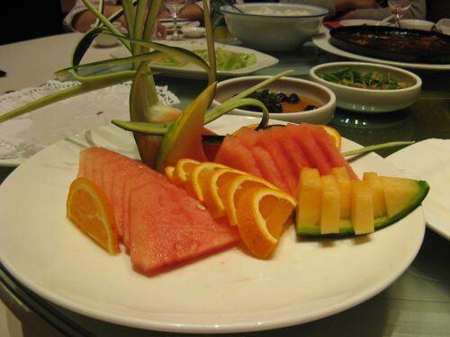 Melonen im Seafood Restaurant, Shanghai 上海, China 中国