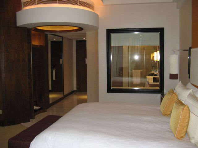 Hotelzimmer. Das Millenium Hongqiao Hotel, China 中国, Shanghai 上海