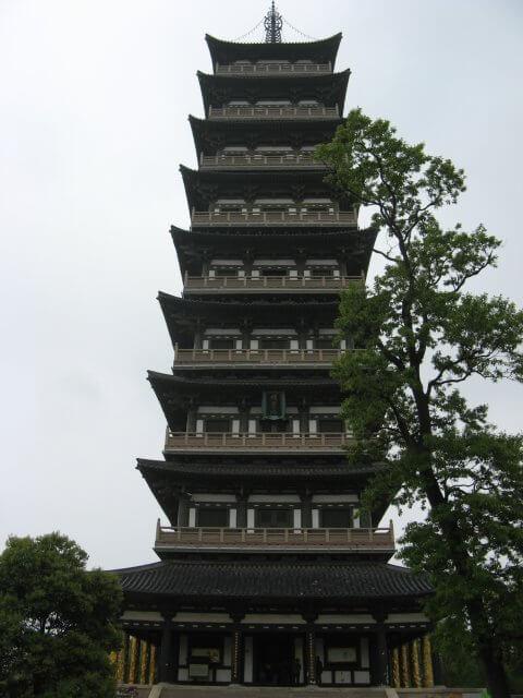 Turm. Dienstreise nach Yangzhou 扬州市, Slender West Lake 瘦西湖), China.