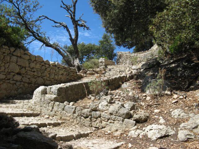 Die Schicksalsfestung Mallorcas, das Castell d' Alaró. Wanderungen in der Bergwelt Mallorcas.