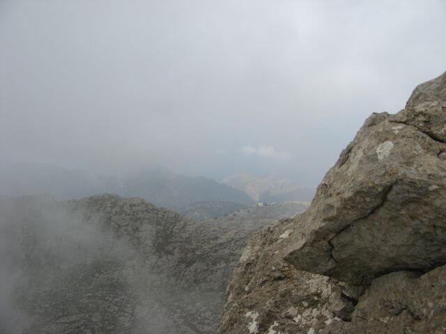 Auf dem Gipfel des Puig de Massanella. Wanderungen in der Bergwelt Mallorcas.