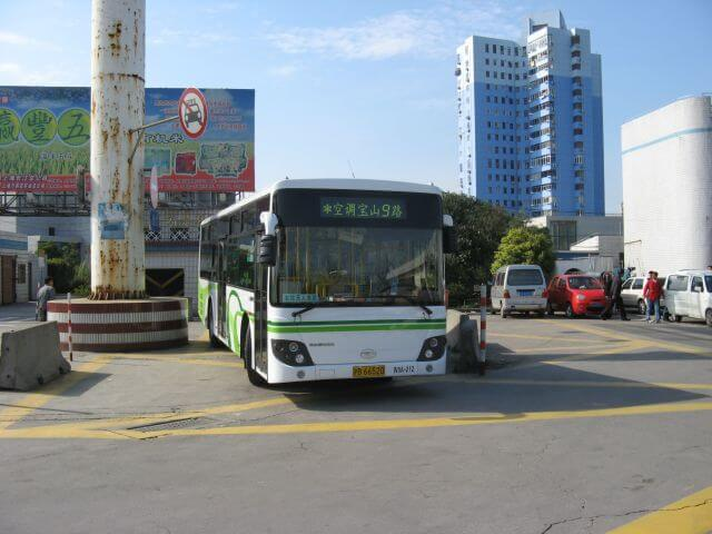 Bus zur Fähre. Chongming Dao 崇明岛 und Dongping National Forest Park, China.