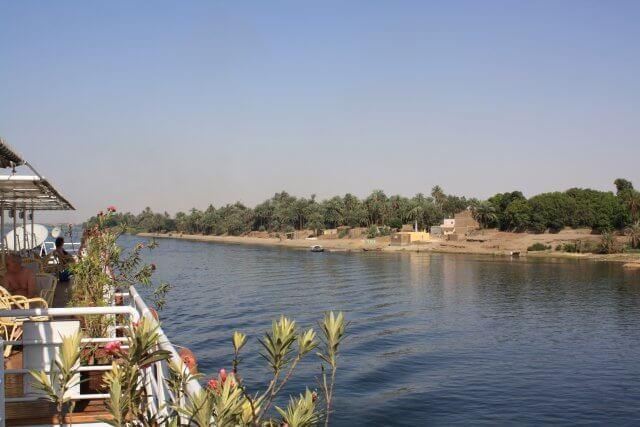 Auf dem Nildampfer. Nilkreuzfahrt und Badeurlaub am Roten Meer in Ägypten
