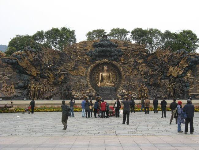 Felsenaltar. Lingshan 灵山, Grand Buddha, Provinz Wuxi, China.