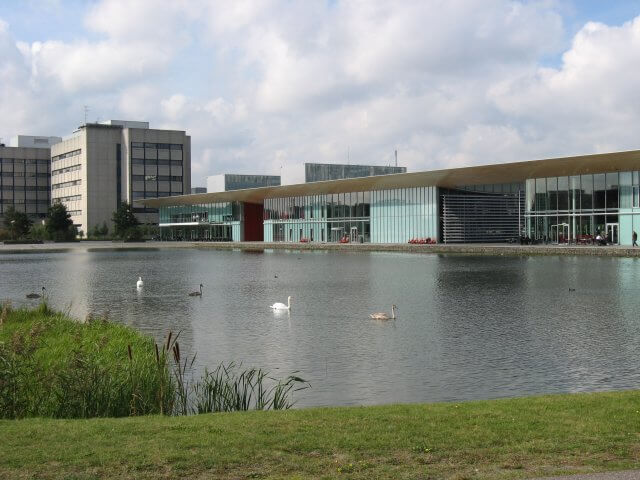 Der See mit Strip. Philips High Tech Campus,  Eindhoven.