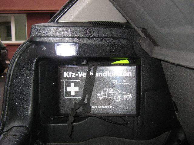 Licht im kofferraum funktioniert wieder. Umbau auf LED Beleuchtung. Reparatur der Kofferraumbeleuchtung beim Opel Corsa B