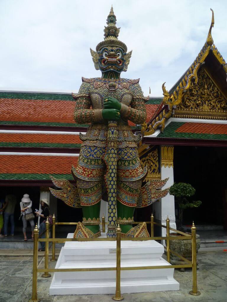 Wächter am Grand Palace. Bilder und Eindrücke aus Bangkok - Thailand