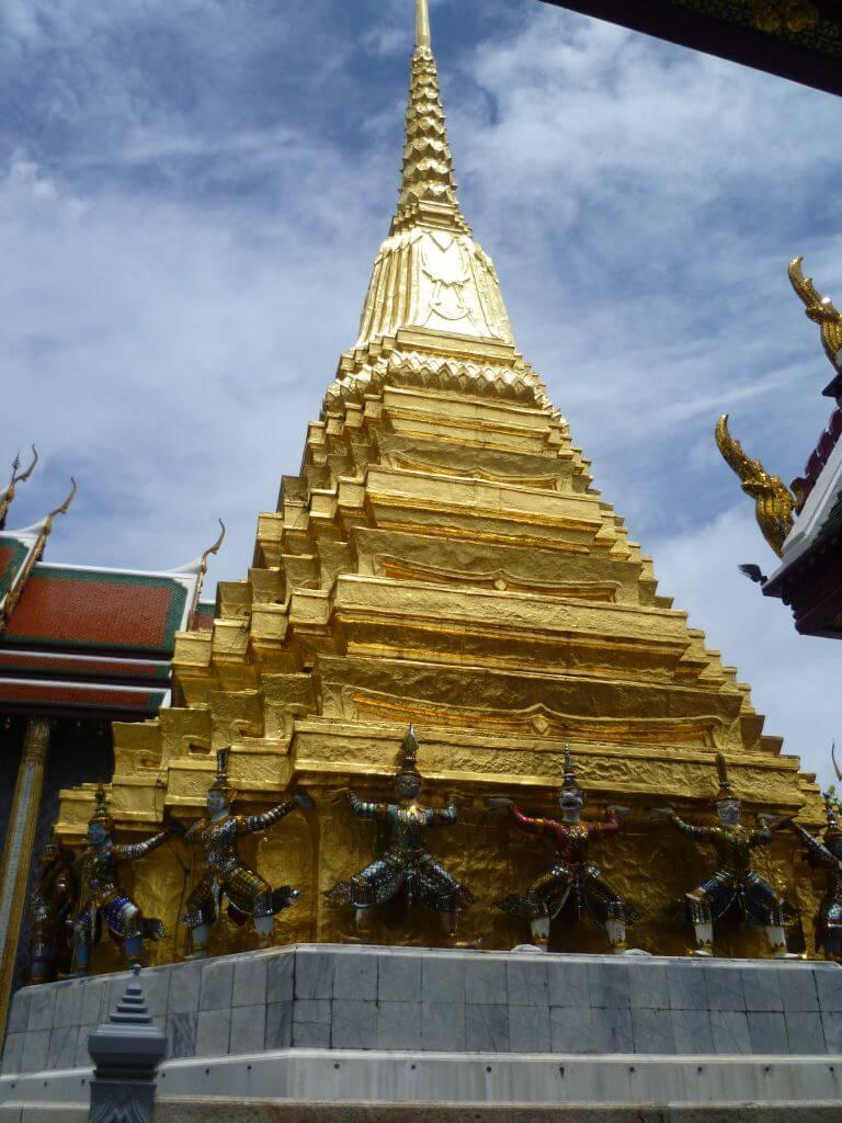 Goldene Pyramide am Grand Palace. Bilder und Eindrücke aus Bangkok - Thailand