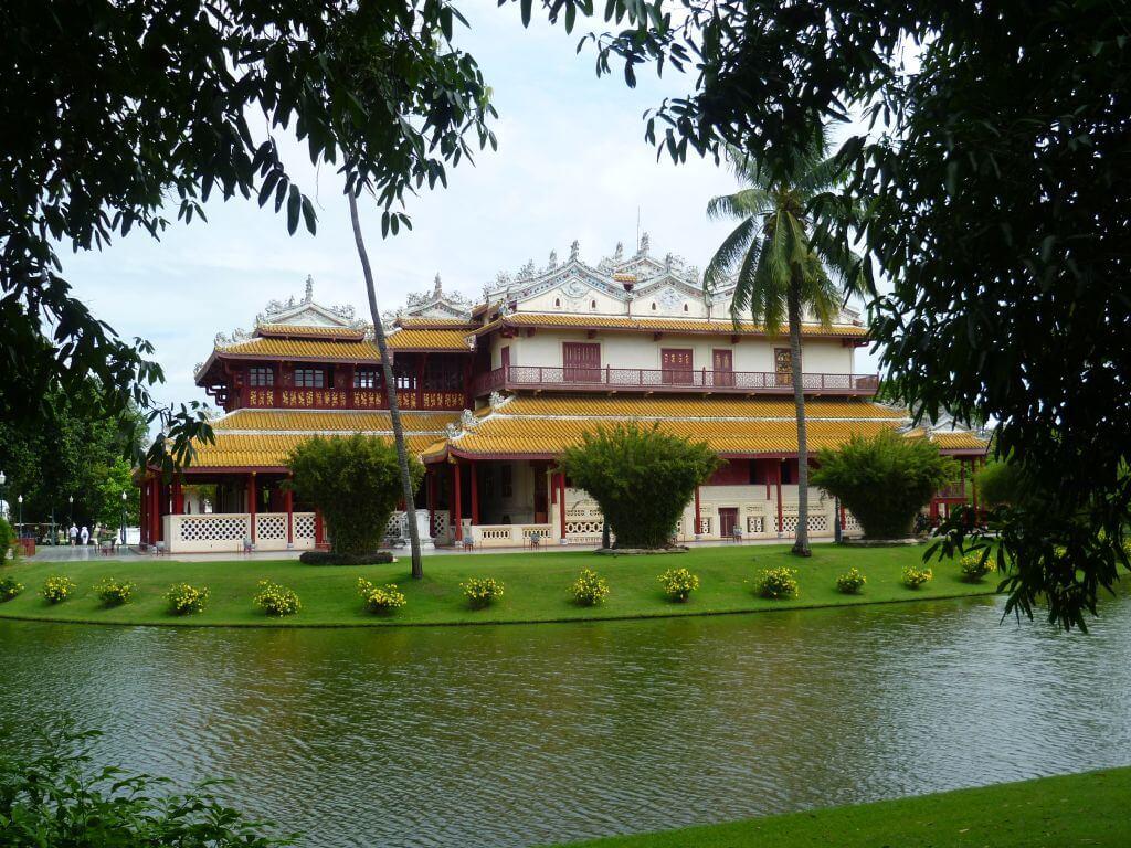 Chinesisches Gebäude im Park. Bilder und Eindrücke aus Bangkok - Thailand