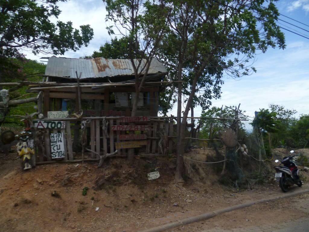 Tattoostudio auf der Insel Koh Larn (Ko Lan), Thailand