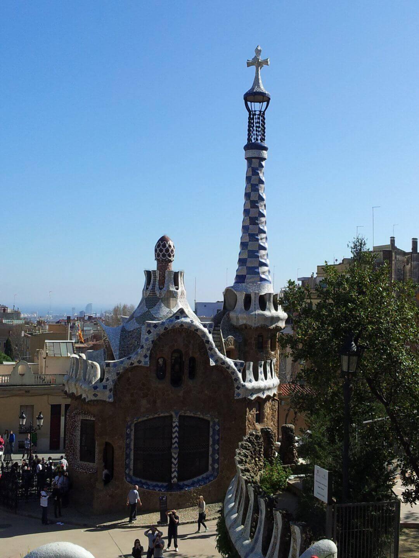 Zweites Gaudi Haus im Park Güell. Wochenendtrip zu Gaudi nach Barcelona, Spanien.
