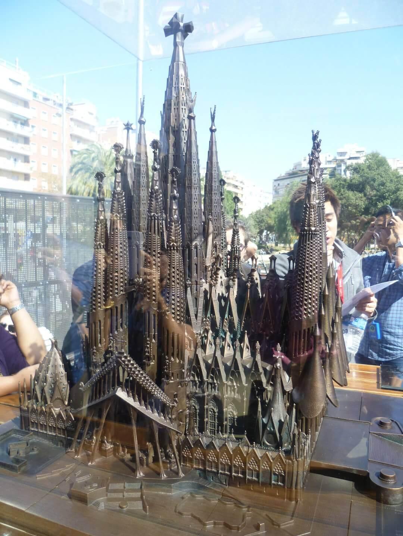 Modell der Sagrada Familia. Wochenendtrip zu Gaudi nach Barcelona, Spanien.