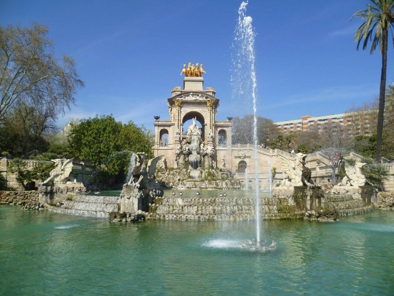 Brunnen im Parc de la Ciutadella. Wochenendtrip zu Gaudi nach Barcelona, Spanien.