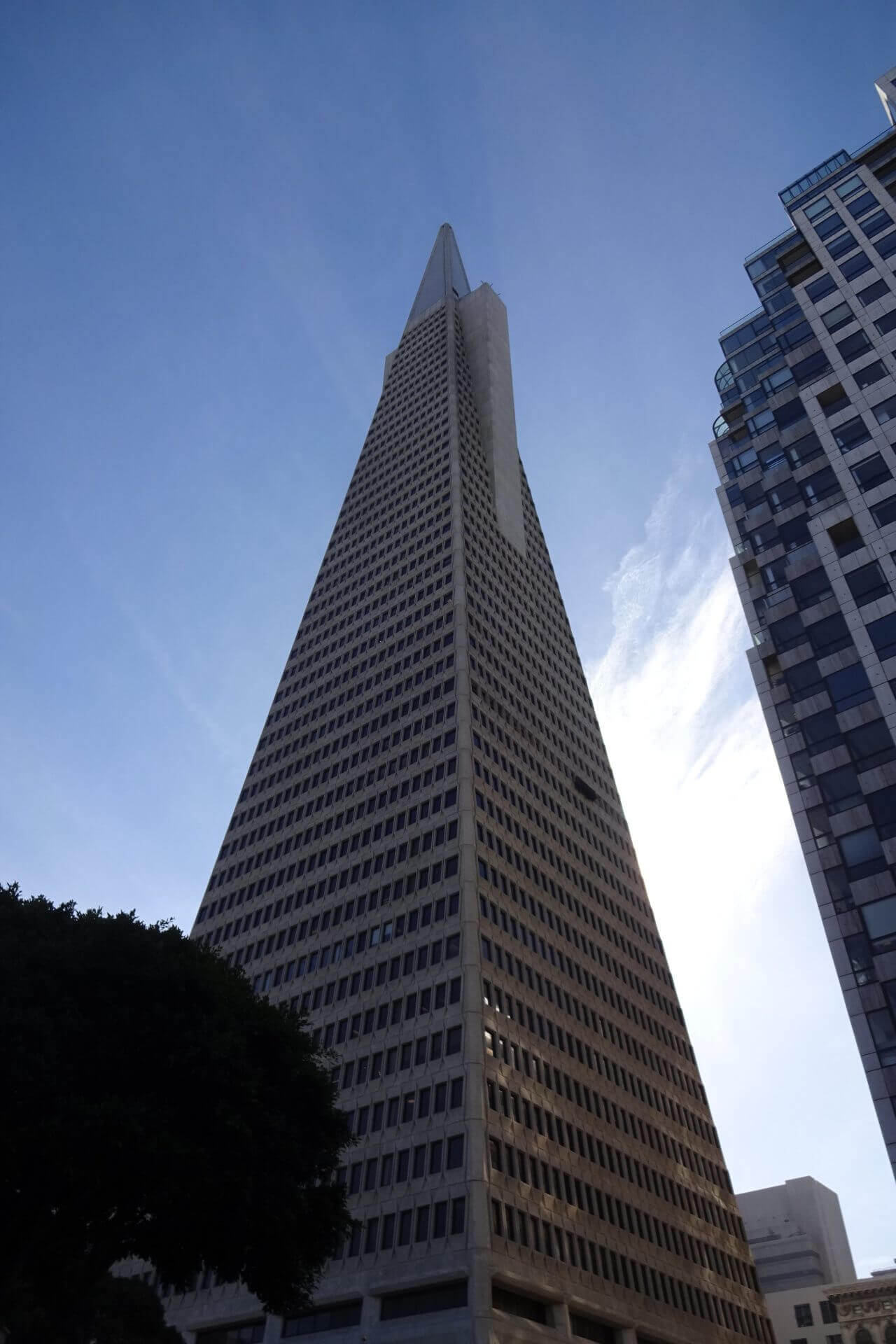 Downtown. The Pyramid. Bilder und Eindrücke aus San Francisco, California, United States.