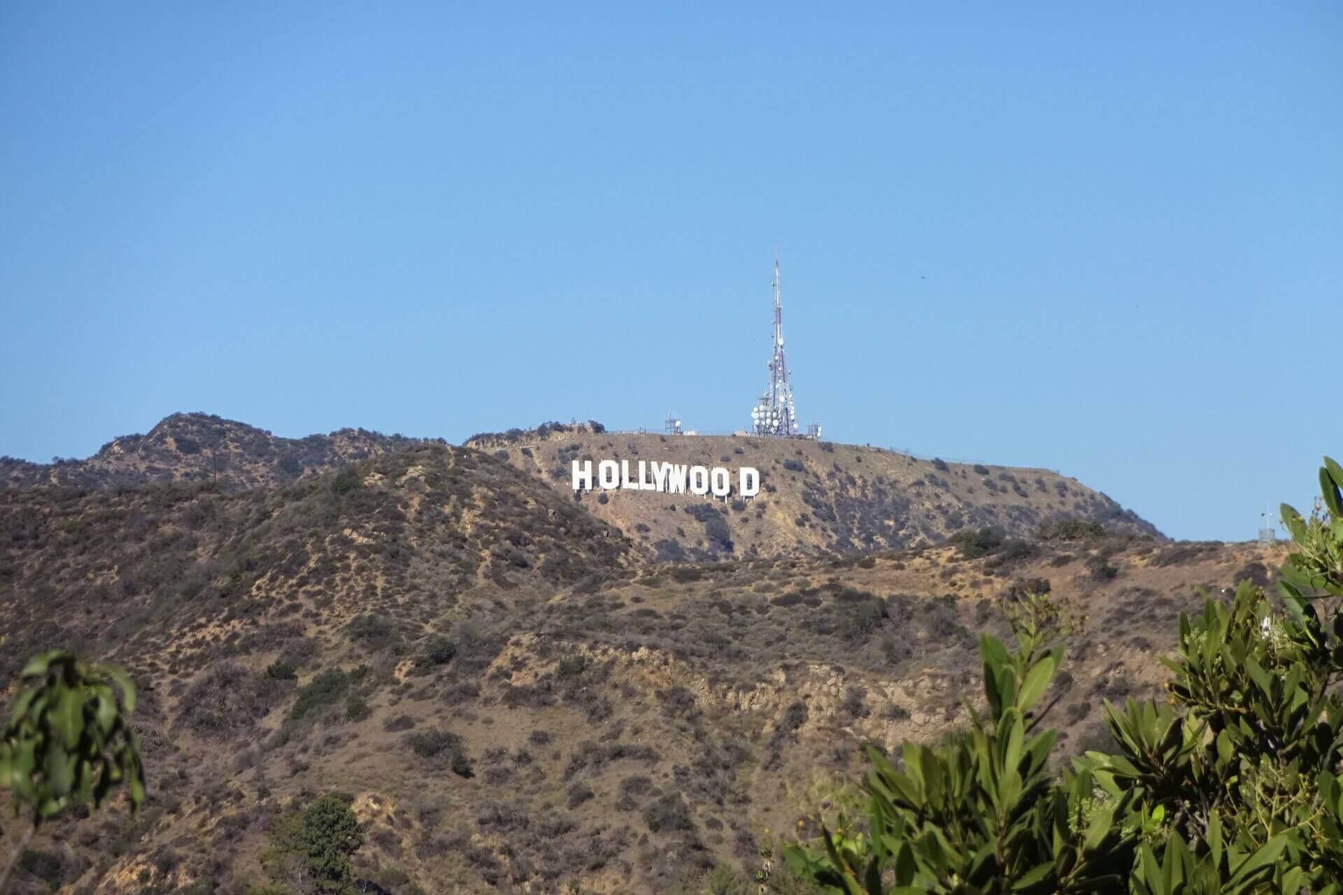 Hollywood Sign gesehen von den Hollywood Hills. Bilder und Eindrücke aus Los Angeles und Hollywood, Kalifornien, USA.