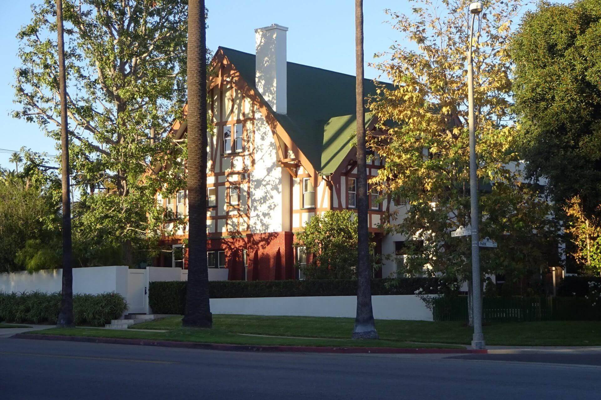 Villa in Beverly Hills. Bilder und Eindrücke aus Los Angeles und Hollywood, Kalifornien, USA.