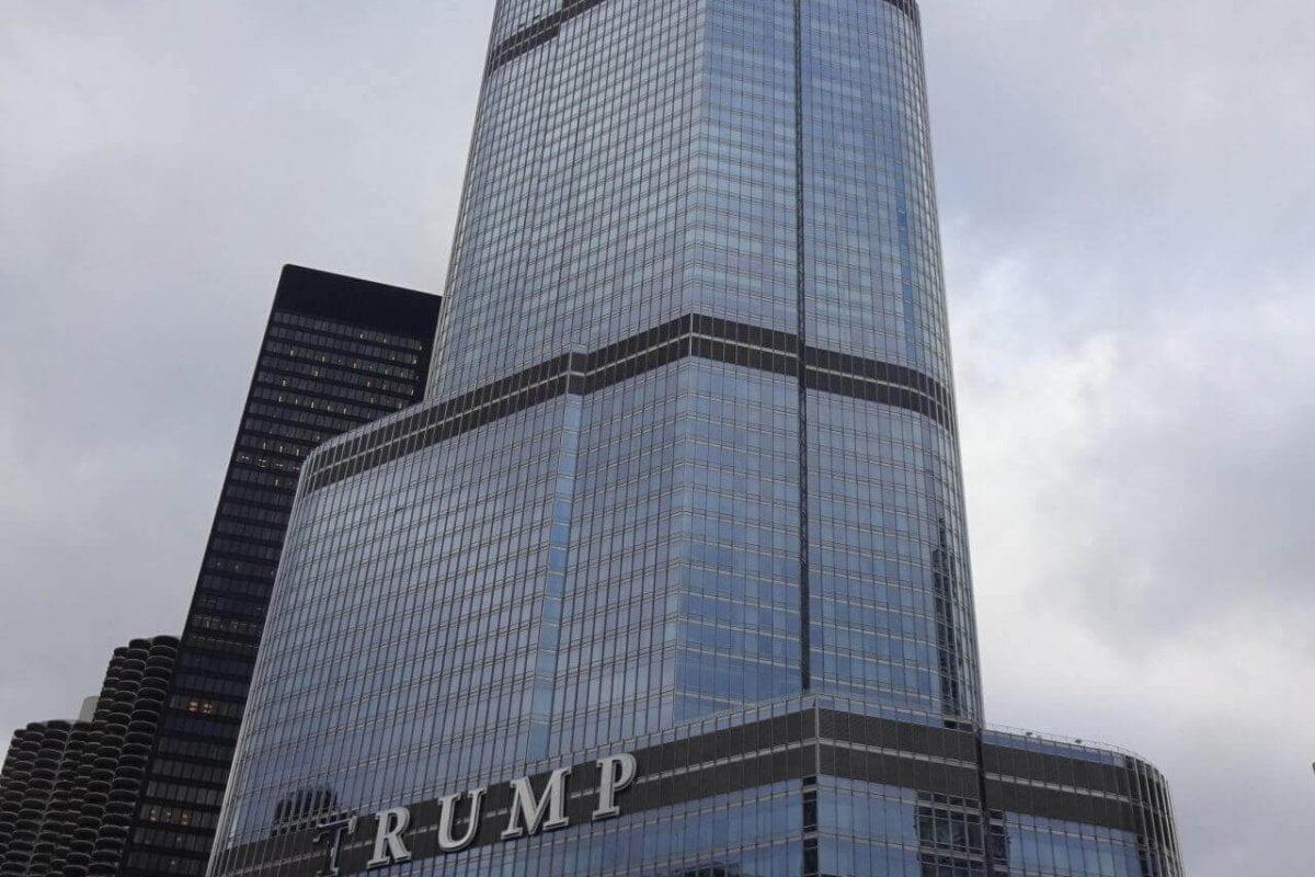 Downtown. Trump Tower. Bilder und Eindrücke aus Chicago, Illinois, United States.