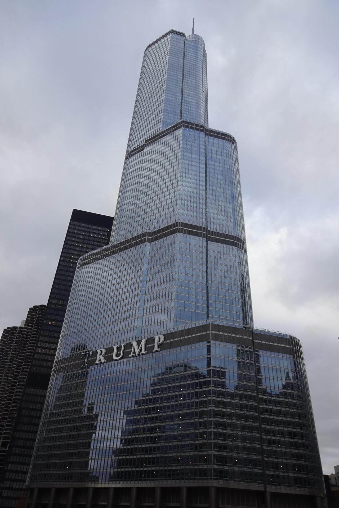 Downtown. Trump Tower. Bilder und Eindrücke aus Chicago, Illinois, United States.