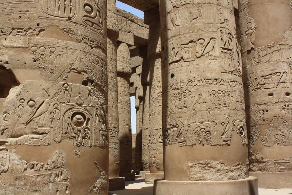 Nilkreuzfahrt, Tempel und Rotes Meer in Ägypten.