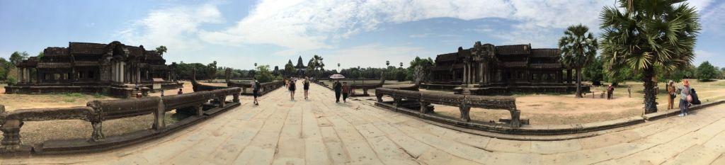 Angkor Wat Promenade. Bilder und Eindrücke aus Kambodscha - Cambodia, Siem Reap, Angkor Wat, Sihanoukville und Phnom Penh.