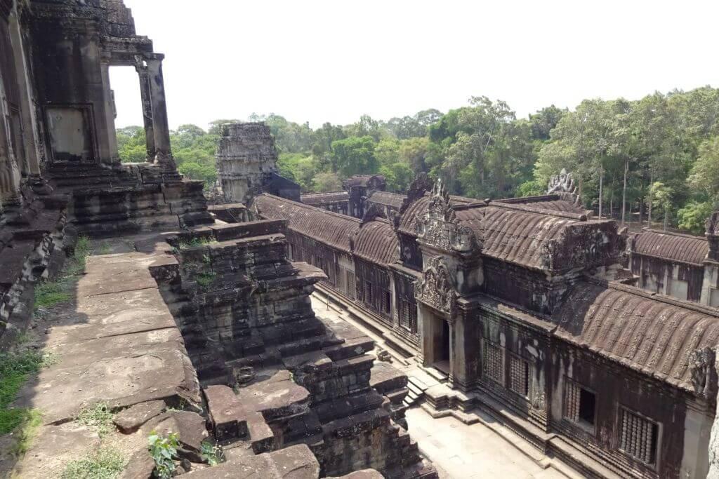 Angkor Wat mitten im Dschungel. Bilder und Eindrücke aus Kambodscha - Cambodia, Siem Reap, Angkor Wat, Sihanoukville und Phnom Penh.