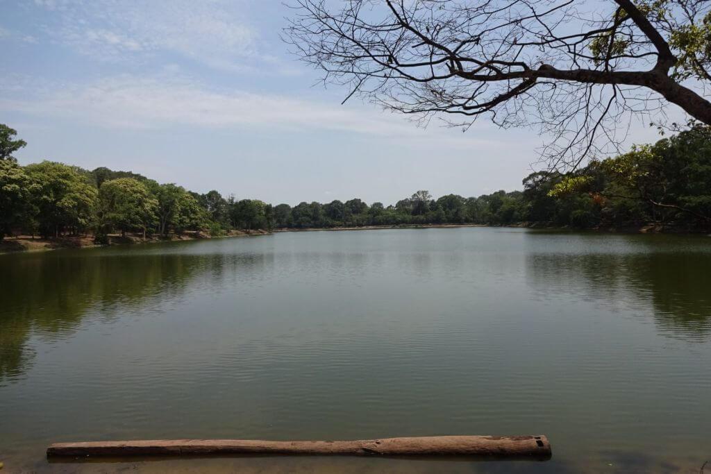 Angkor Wat Wasserbecken. Bilder und Eindrücke aus Kambodscha - Cambodia, Siem Reap, Angkor Wat, Sihanoukville und Phnom Penh.