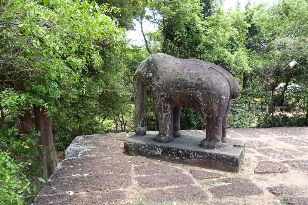 East Mebon Elefantenstatue. Bilder und Eindrücke aus Kambodscha - Cambodia, Siem Reap, Angkor Wat, Sihanoukville und Phnom Penh.