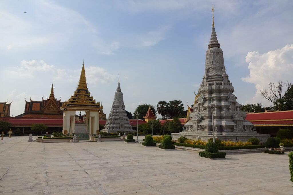 Silberpagode in Phnom Penh. Bilder und Eindrücke aus Kambodscha - Cambodia, Siem Reap, Angkor Wat, Sihanoukville und Phnom Penh.